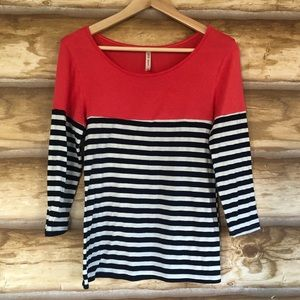 DNA Couture colorblock 3/4 sleeve knit top Sz M